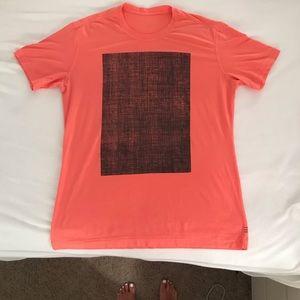 Men's Large Coral Lululemon T Shirt